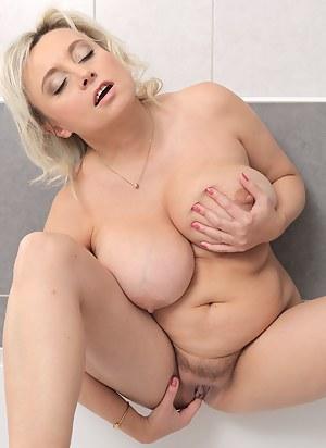 Free Masturbation Porn Pictures